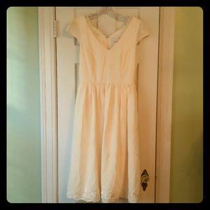 New w Tags ModCloth size 6 ivory dress